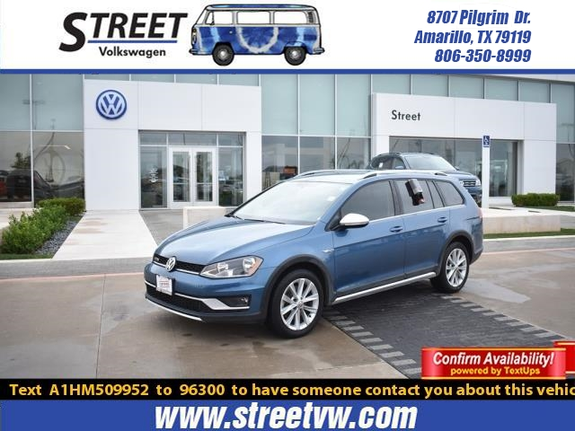 Certified Pre-Owned 2017 Volkswagen Golf Alltrack 1.8T S DSG