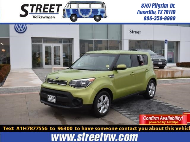 Pre-Owned 2017 Kia Soul Base Auto